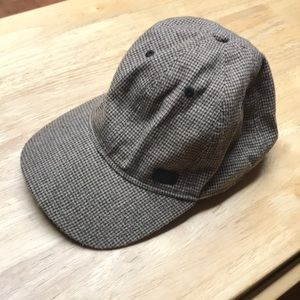 Pageboy plaid hat